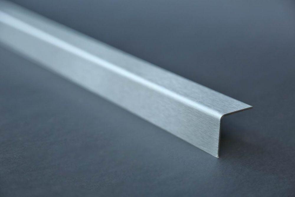 1000mm x 50x50mm in 1mm Materialst/ärke Oberfl/ächenoptik: Stucco dessiniert 1Meter langer Aluminium Kantenschutz Winkel Schenkell/änge Innenma/ß 5x5 cm Material: Al99,5