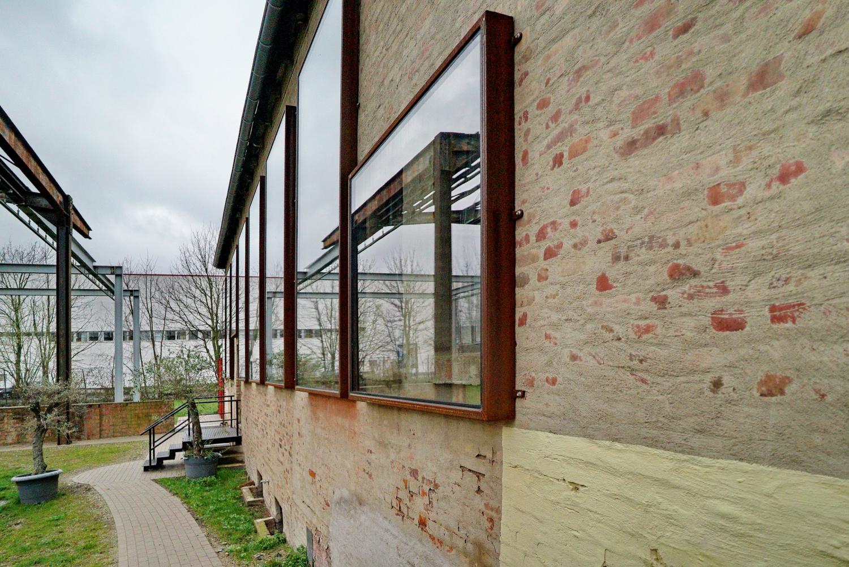 schallschutz fenster f r das rasselmania in hildesheim. Black Bedroom Furniture Sets. Home Design Ideas