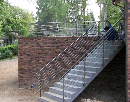 Häufig Treppengeländer und Balkon aus Edelstahl -... AZ04