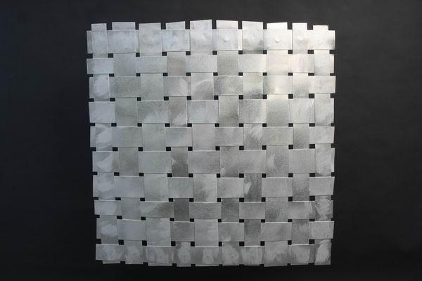 selbstgebautes aluminiumgeflecht als f llung f r einen. Black Bedroom Furniture Sets. Home Design Ideas