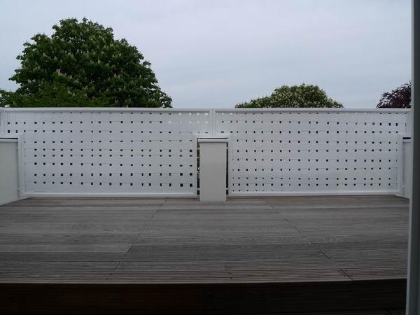 balkongel nder und sichtschutz aus edelstahl und. Black Bedroom Furniture Sets. Home Design Ideas