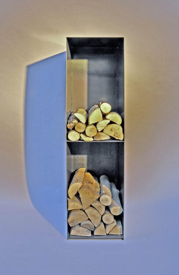 kleines kaminholz regal mit einer r ckwand. Black Bedroom Furniture Sets. Home Design Ideas