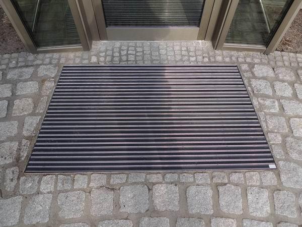Schmutzfangmatten Außenbereich sonderfertigung topcleantrend schmutzfangmatte aussenbereich