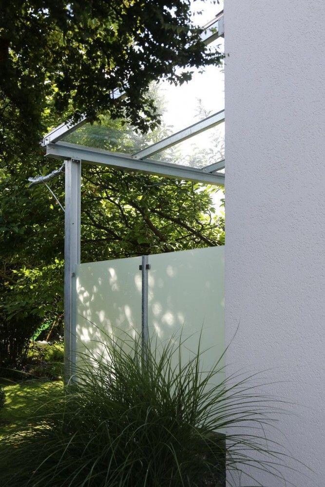 seitlicher sichtschutz und windschutz f r ein terrassendach. Black Bedroom Furniture Sets. Home Design Ideas
