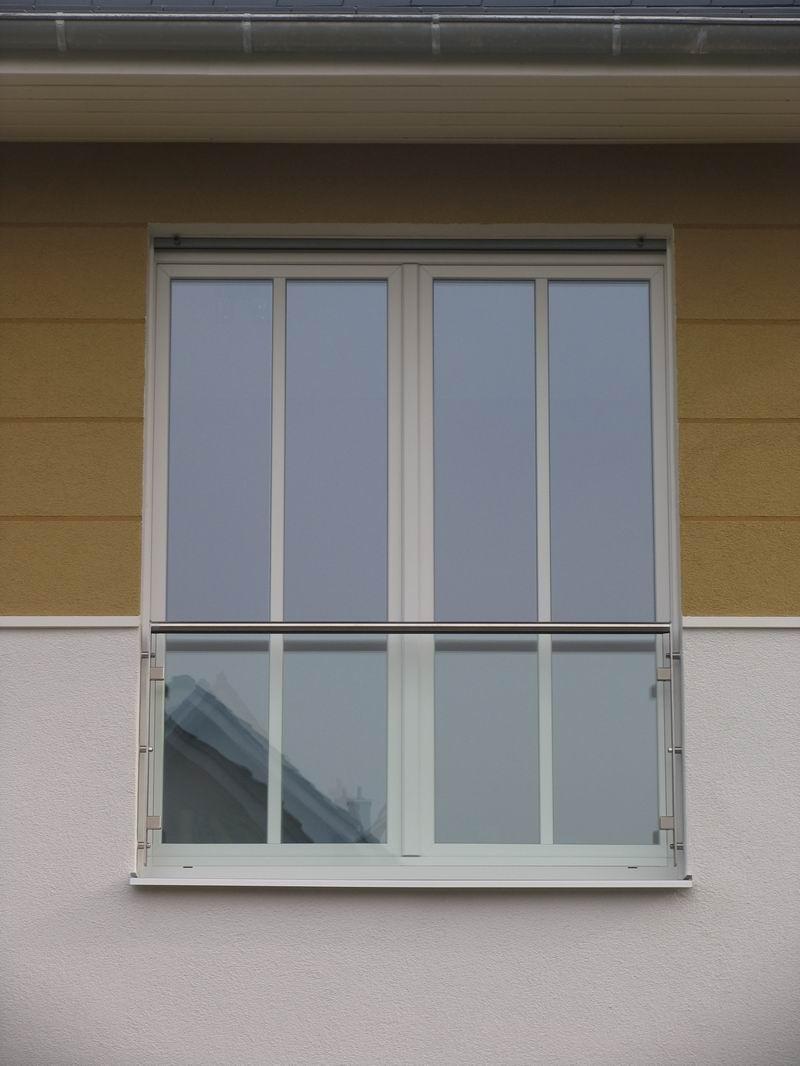 sch ner franz sischer balkon. Black Bedroom Furniture Sets. Home Design Ideas