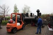 3.5.10 Good bye - Die fertige Lok wird in Hildesheim verladen