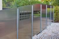 Eleganter Zaun Stahl und Aluminium in gelungener Eintracht