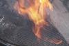 Innenbekleidung und Abdeckung aus Gaze für einen ganz gewöhnlichen Feuerkorb für den Zoo Hannover
