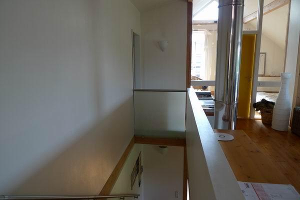absturzsicherung aus satiniertem glas und edelstahl. Black Bedroom Furniture Sets. Home Design Ideas