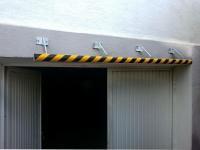 Einfahrtsbegrenzung aus verzinktem Stahl