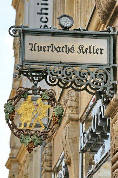 Auerbachs Keller in Leipzig - Restaurierung von zwei Auslegern