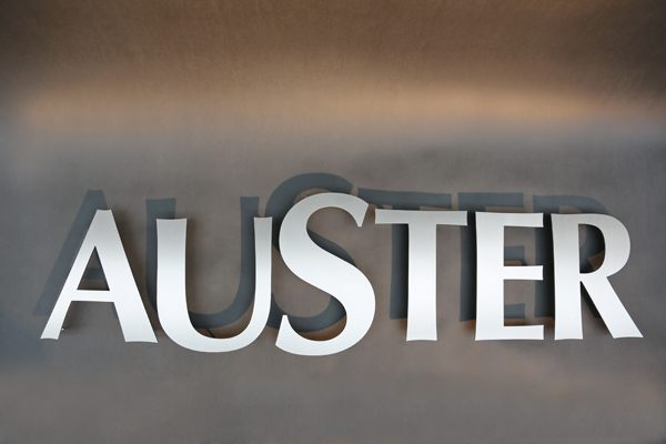 Auster - Schrift aus Edelstahl