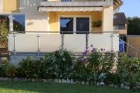Terrassengeländer aus Edelstahl und Sicherheitsglas