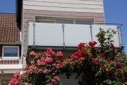 Balkongeländer aus Edelstahl mit Sicherheits Glas