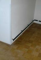 Robuster Wandschutz aus verzundertem Flachstahl