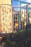 Zaun im Gartenrestaurant
