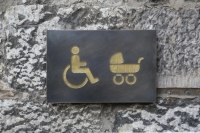 Piktogramme  aus Tombak und Gold