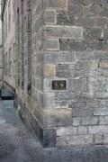 Wo ist der barrierefreie Eingang ?
