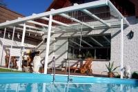 Verschiebbares Terrassendach aus Aluminium und Sicherheitsglas