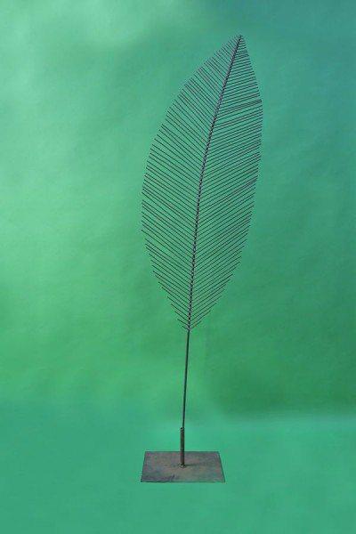 Feingeädertes Blatt aus Rundeisen, Gesamthöhe 230 cm