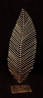 Dreidimensional verformtes Blatt aus 5 mm Eisendraht geschweißt, Höhe 80 cm