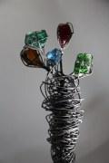 Gartenskulptur aus Draht und Glas