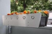 Blumenkastenhalterungen mit Sichtschutzblenden