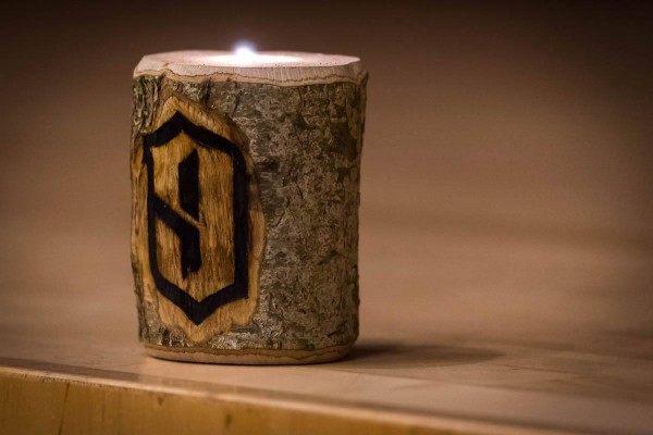 Kerzenleuchter gebrandet von Nineknights