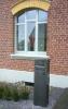 Standbriefkasten aus Stahl oder CorTenStahl - wird im Laufe der Zeit eine rostige Patina annehmen