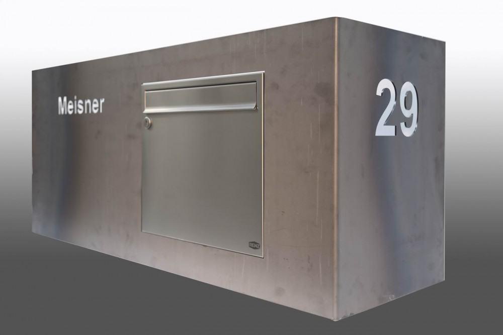 breiter briefkasten aus corten stahl. Black Bedroom Furniture Sets. Home Design Ideas