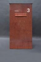 Ein Gigant - Briefkasten aus Corten Stahl