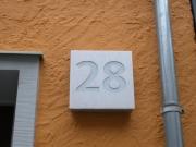 Hausnummer 28 für das Helmut Kohl Haus in Hildesheim