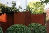 Sichtschutz Wand aus 3mm aus Rost Stahl