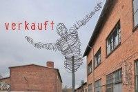 Skulptur aus 5 mm Stahl Draht in luftiger Höhe