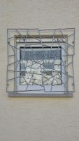 Schmitz-Struktur Fenstergitter in Edelstahl