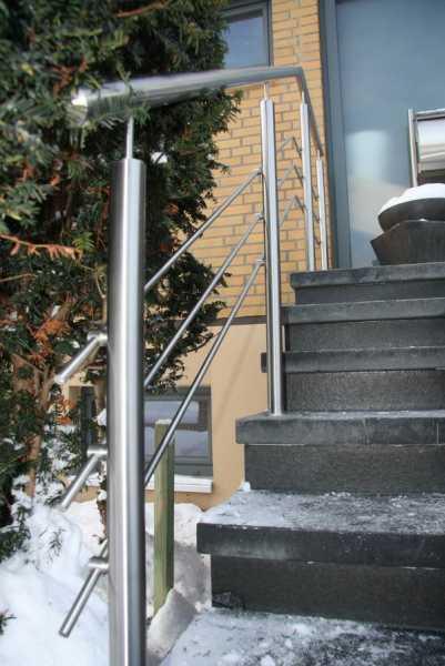 Treppengeländer mit integrierten LED im Handlauf -  LED Geländer
