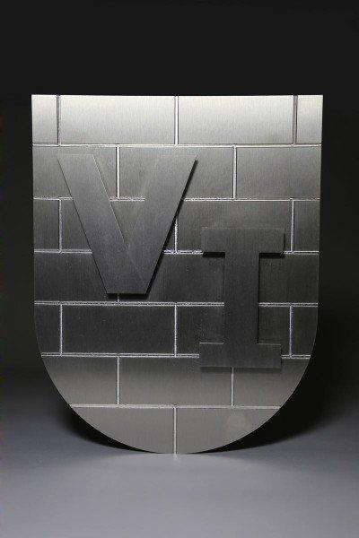 Wappen aus Edelstahl gefräst