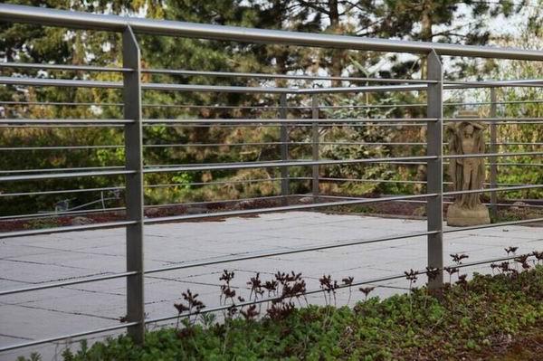 terrassen reling gel nder aus edelstahl. Black Bedroom Furniture Sets. Home Design Ideas