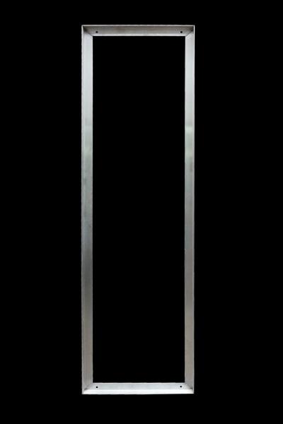 Edelstahlrahmen mit Konsolen für einen Gitterrost