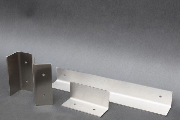 griffe aus edelstahl f r eine meisterarbeit aus dem. Black Bedroom Furniture Sets. Home Design Ideas