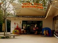 Ein neues Regen- und Sonnensegel im  Zoo Hannover. Wir lassen Tatzi Tatz nicht im Regen stehen.