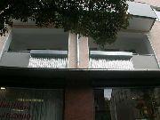 Balkongeländer - Resopal und Wellblech aus Aluminium