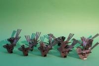 Vögel aus Stahl zur Weiterverarbeitung