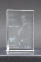 Die AWO verleiht die achte Elise Bartels Medaille an Annette Jander