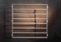 Fenstergitter mit starken Gitterstäben aus 16 mm Rundstahl