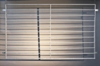 Fenstergitter mit waagerechten Gitterstäben