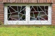 Feuerverzinkte Fenstergitter in Schmitzstruktur