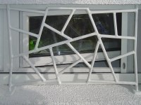 """Fenstergitter mit """"Schmitz Struktur"""" weiß lackiert"""