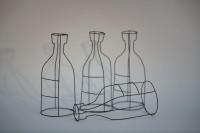4 Flaschen aus Draht