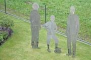 Gartenskulpturen der Familienmitglieder aus 3 mm Stahlblech gelasert